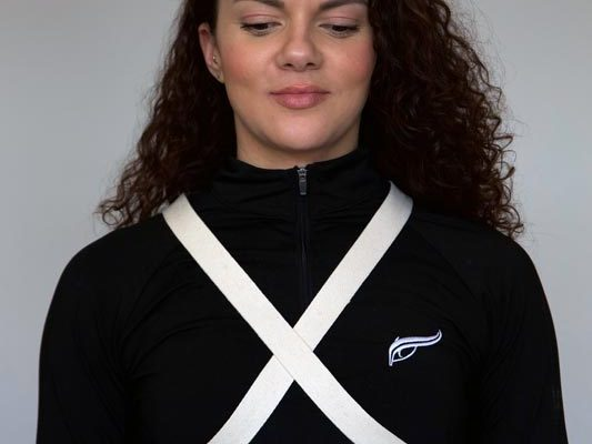 Quantum Loop Used in a Crossing Type Chest Wrap